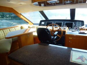 Ocean Alexander 64 Pilothouse Port side Forward